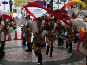 「愛祭連」演舞