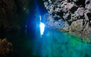 これぞ青の洞窟・・・
